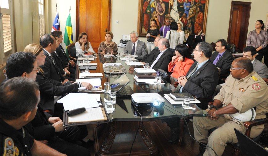 10.10.2013_Reunião_Segurança_TJ