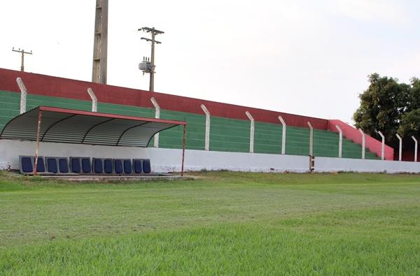 Estadio 4JPG