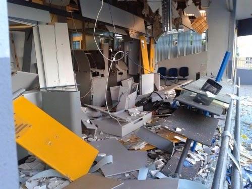 10-05-2014-10-31-05-explosao