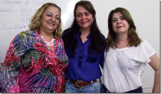 Ivanete Carvalho, prefeita Gleide Santos e Elaine Beatriz._thumb[7]